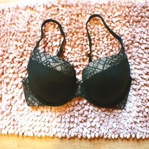 Victoria's Secret perfect shape 34D